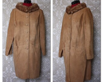 Vintage 1960's Tan Suede Leather Coat with Fur Collar Medium