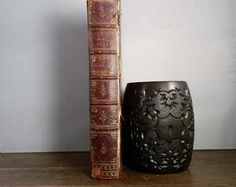 Antique Hardcover Book 1768 Oeuvres de Jean Racine avec des commentaires par M Luneau de Boisjermain. Written in the French Language.