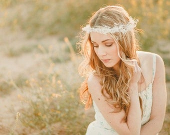 The Juliet Flower Crown created with dried babys breath