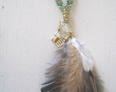 The Golden Wine List - Summer Festival Necklace - Green Gold with Feathers - Long