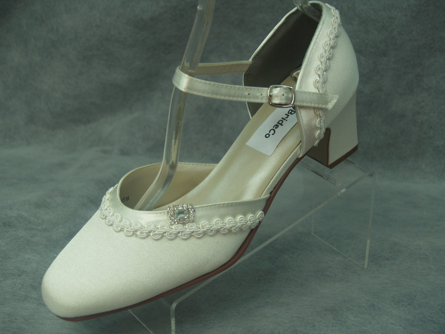 Ready to Ship Size 10 Ivory Wedding Shoes 1920s Vintage style
