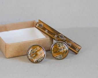 Cuff Links and Tie Clip set - Computer Accessories - Geeky gift for man - Circuit board - antique silver, resin, round