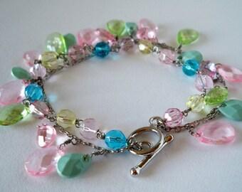 JEWELRY BRACELET - Pastel Dangling Beaded Bracelet