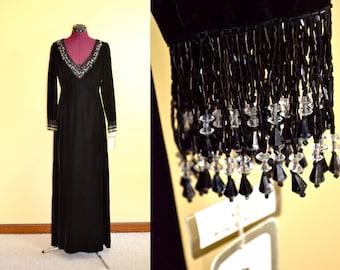 NOS 1960s Vintage Victoria Royal Ltd Black Velvet Beaded Evening Dress size 10 (S) bust 34