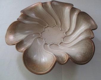 Syroco Wood Flower Petal Shaped Bowl
