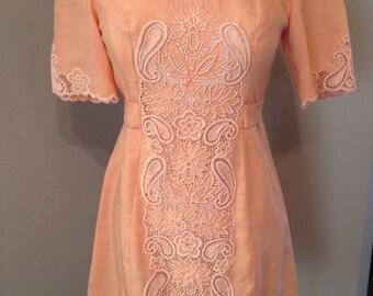 60's Dolly mini dress!