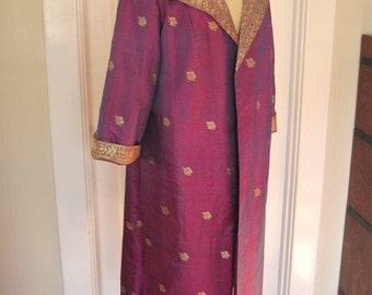 Vintage 50s Opera Length Coat in Thai Silk with Shawl Collar in Fuchsia and Gold Mad Men VLV Rockabilly