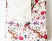 Pretty Bird Quilt in White Queen Size