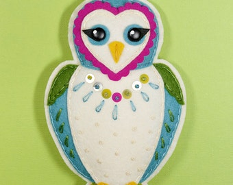 Fletcher the Owl Felt Ornament Pattern PDF