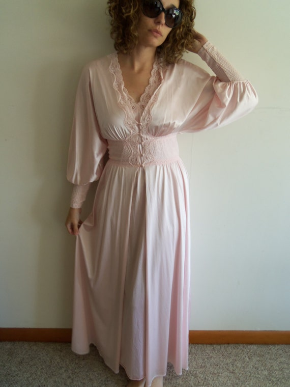 Sexy Vintage Pink Nightgown Robe Peignoir Lace Sheer Maxi