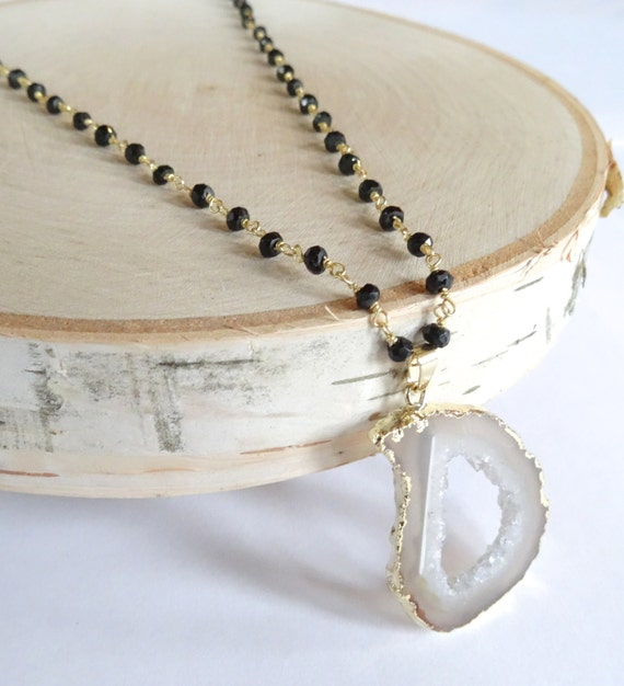 Long Gold Necklace, Gold Druzy Necklace, Agate Slice Pendant, Black Rosary Chain, Rosary Necklace, Agate Necklace, Long Necklace,