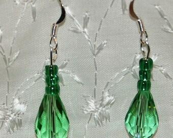 Light green glass teardrop earrings