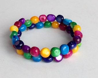 Colorful Shell Bracelet, Classic Classy Elegant Fun Dainty Bracelet B24