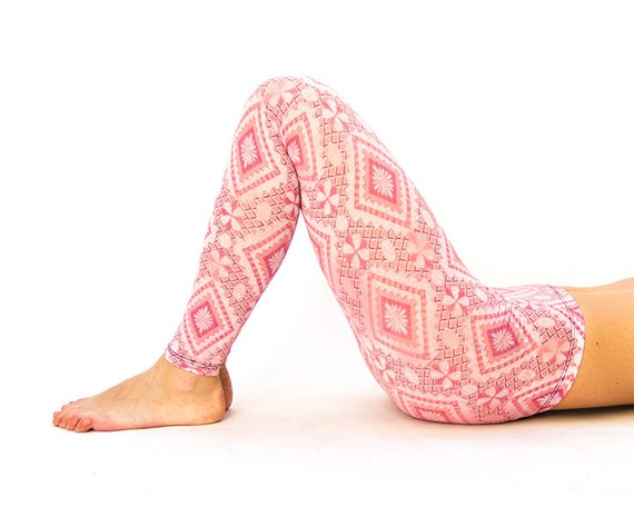 Salmon pink leggings