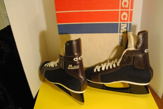 Vintage 1976 Ccm Mustang Hockey Skates Size 11