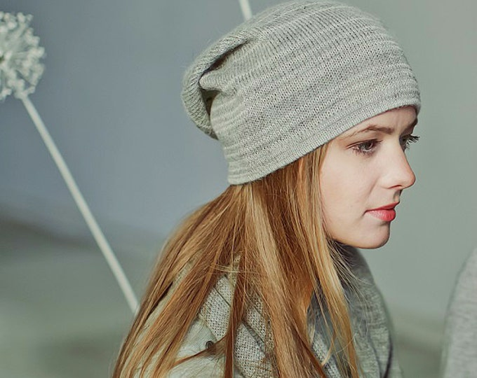 Slouchy melange 100% baby alpaca woman hat / adult / alpaca wool slouchy beanie / over-sized knit hat / white / gray / gray-white melange