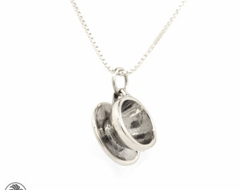 Coffee Cup Pendant,  Vintage Sterling Silver Coffee Cup pendant, Coffee Cup And Saucer Pendant, Sterling Silver Pendant | SSN01008