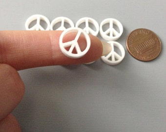 laser cut acrylic mini peace sign cabochons in white x8