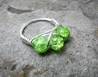 Apple Green Ring, Wire Wrapped Ring, Cluster Ring, Wire Wrapped Jewelry Handmade, Bead Ring, Chunky Ring