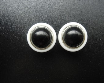 how to make custom plugs for ears