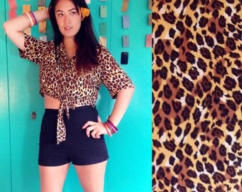 90s Leopard Print Crop top Short Sleeve Shirt with Front tie and Mother of Pearl Buttons