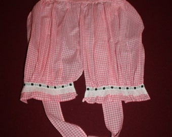 """Vintage Pink and White Gingham Cotton """"Bloomer"""" Apron"""