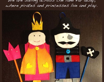 Princess and pirates, party favors, 2 pencil cases, felt pencil cases with pencil toppers