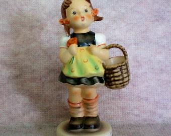 """Hummel """"Sister"""" or  Hummel Shopper Figurine - 2595"""