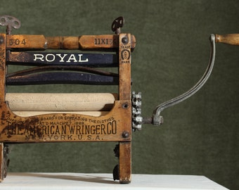 Antique ROYAL 504 Old Advertisement Hand Crank Clothes Primitive Washer Machine AMERICAN Wringer Co New York USA