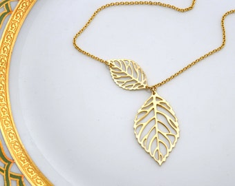 Leaf Necklace in Gold, Wedding Jewelry, Graduation Gift, Bridesmaid Jewelry, Mother's Day, Everyday Necklace