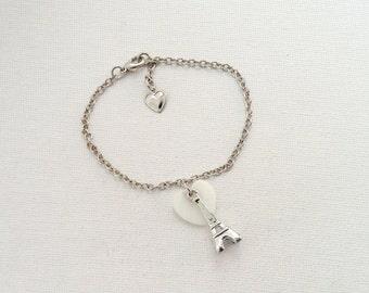 Eiffel tower charm bracelet - 1 available