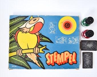 DDR Animal Stamp Set / Vintage Large GDR Made Stempel Kit / Cute Rainforest Animal Stamps: Birds, Frogs, Fish Wood Rubber Stamps & Ink Pad