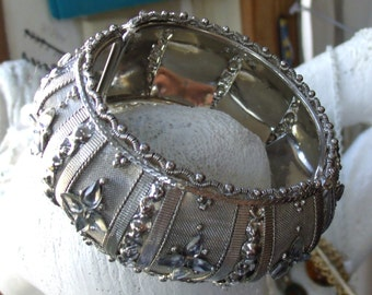 Vintage Domed MESH Silver Tone Clamper Cuff Bracelet