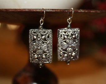 Silver plated pewter Queen of Hearts earrings.
