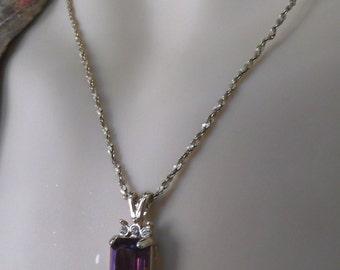 Vintage 80's Pretty Amethyst Rhinestone Necklace
