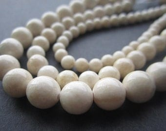 4mm 6mm 8mm 10mmNatural Riverstone beads beige color loose beads Full Strand JC050