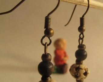 2204 - Earrings Bone and Wood