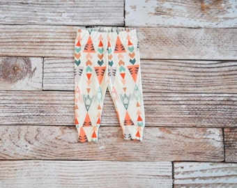 organic baby leggings, baby pants, baby leggins, toddler pants, organic toddler leggings, triangle, teepee, organic baby