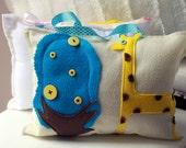 Giraffe Tooth Fairy Pillow, Giraffe Nursery Decor, Baby Gift, Felt Pillow, Boys Pillow Decor, Birthday Gift, Travel Pillow, Toy, GIRAFFE