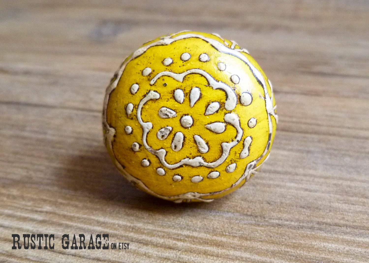 Yellow And White Lace Pattern Painted Round Wooden Knob