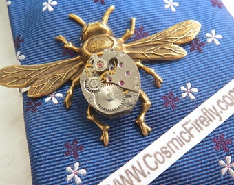 Men's Steampunk Tie Clip Brass Bee Tie Clip Vintage Watch Movement Winged Bug Tie Bar Gothic Victorian Men's Tie Clip Men's Gifts Good Luck