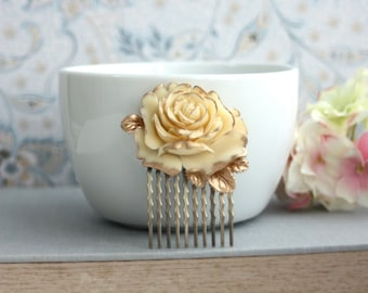 Wedding Hair Comb. Ivory Antiqued Gold, Shabby Chic, Vintage Style Rose Flower Hair Comb. Gold Hair Comb. Bridal Hair Comb. Bridesmaids Gif