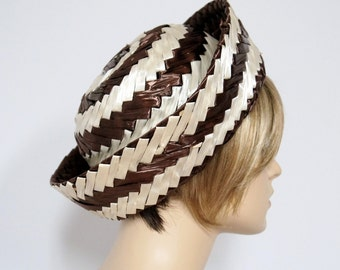 Hat 1960's Straw Hat Vintage Brown Creamy White Shiny Raffia Striped Big Brim Mad Men Hat Chapeau