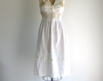 Vintage 1970s Bohemian Dress Floral Embroidery White Cotton Halter Mexican Midi Dress L
