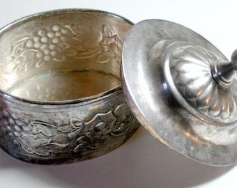 Silverplate Vintage Box, Lidded Silver Box, Silver Plate Box with Lid, Vintage Shabby Silver Box, Tarnished Silver Box