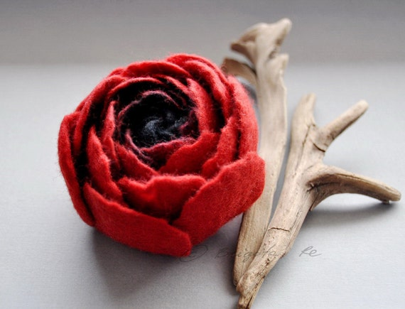 Felt Flower / Black and Poppy Red Spring Ranunculus Felt Flower Pin Brooch