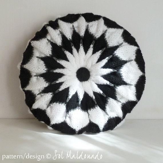 How To Make Round Decorative Pillow : Pillow knit pattern Round Cushion PDF Pinwheel decorative