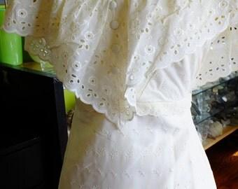 1970s wedding dress Eyelet cotton boho chic off the shoulder vintage wedding dress