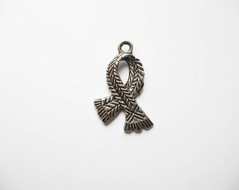 SALE - 5 Scarf Charms in Silver Tone - C1847