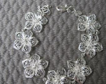 Sterling Silver Intricate and Refined Five Petal  Lacy Flower Bracelet